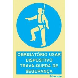 OBRIGATÓRIO USAR DISPOSITIVO TRAVA-QUEDA