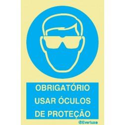 OBRIGATÓRIO USAR ÓCULOS DE PROTEÇÃO