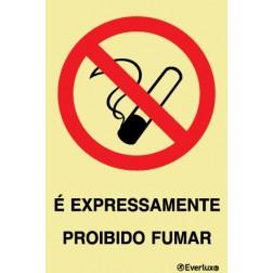 É EXPRESSAMENTE PROIBIDO FUMAR